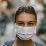 girl_wearing_flu_mask